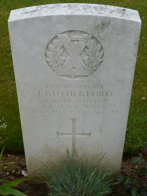 Pte J Rutherford's CWGC headstone.