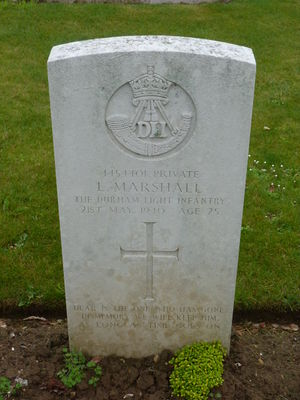 Pte L Marshall's CWGC headstone.