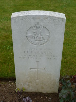 Pte J T Fairbank's CWGC headstone.